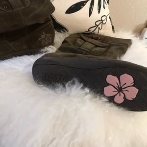 Roxy Pull On Suede Boots